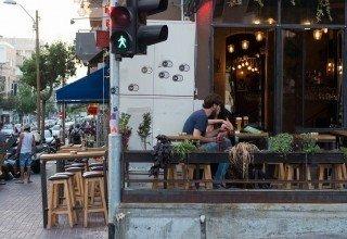 De nombreux cafés en ville